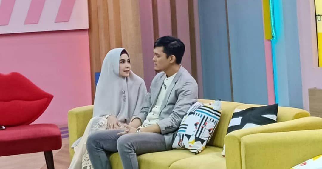 Pacaran Setelah Menikah, 10 Potret Mesra Anisa Rahma dan Dito