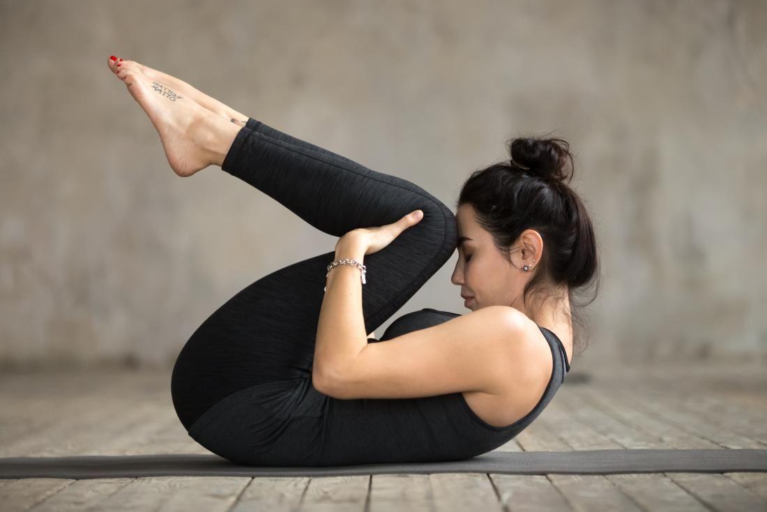 Susah Kentut? Coba Saja Ikuti 6 Gerakan Dasar Yoga Ini, Gampang Kok!