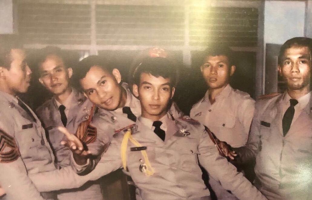 10 Potret Masa Muda Prabowo Subianto yang Mirip Al Ghazali
