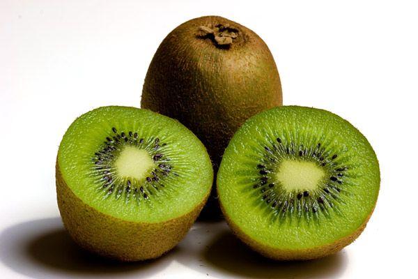 Bukan Jeruk, Ini 4 Buah yang Mengandung Vitamin C Paling Tinggi