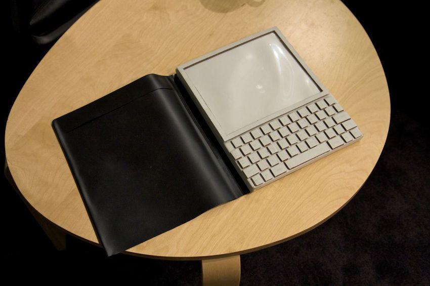 8 Teknologi Pendahulu Tablet Zaman Sekarang, dari Telegraf hingga PDA