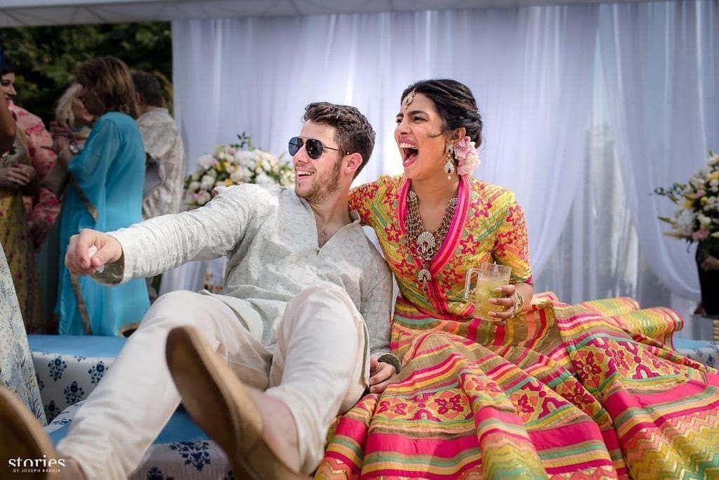 Preity Zinta hingga Priyanka, 10 Artis Bollywood yang Kepincut Bule