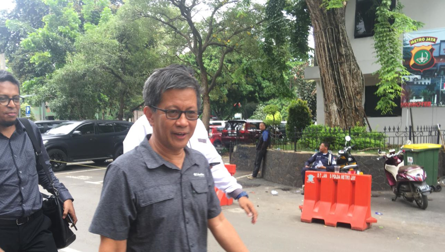 Tompi dan Rocky Gerung Jadi Saksi Sidang Ratna Sarumpaet