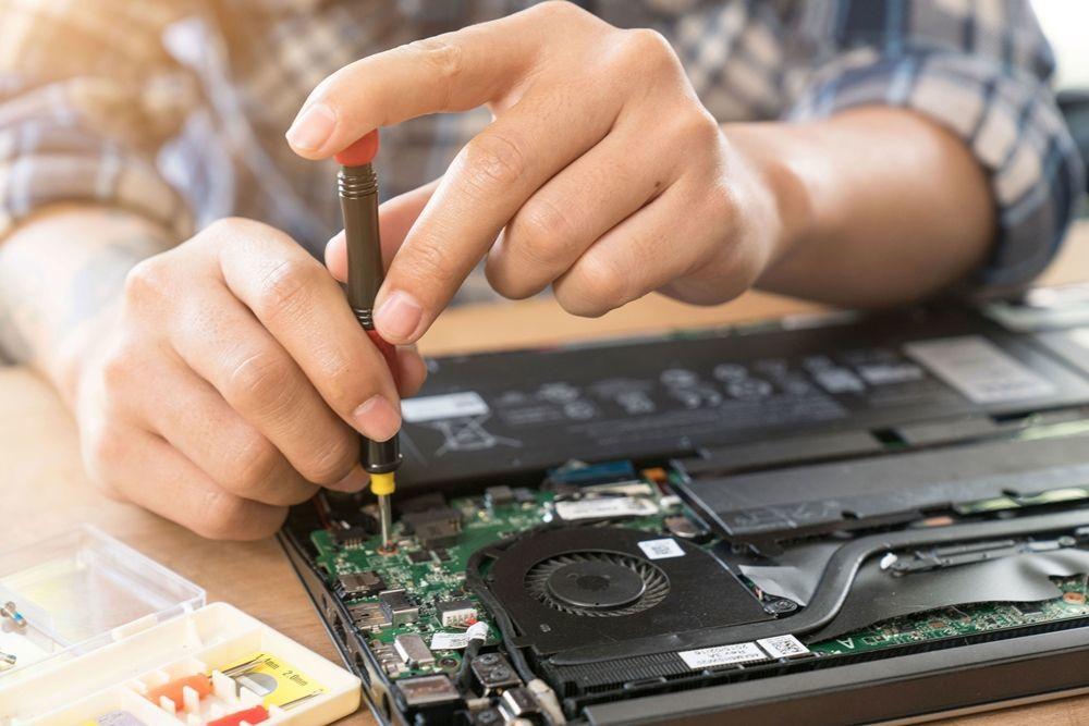 9 Tanda Ini Tunjukkan Sudah Waktunya Beli Laptop yang Baru
