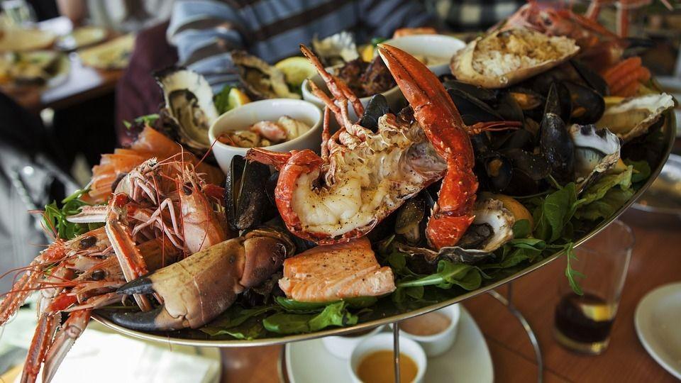 Waspada, 9 Makanan Sehat Ini Ternyata Tinggi Kolesterol Lho!