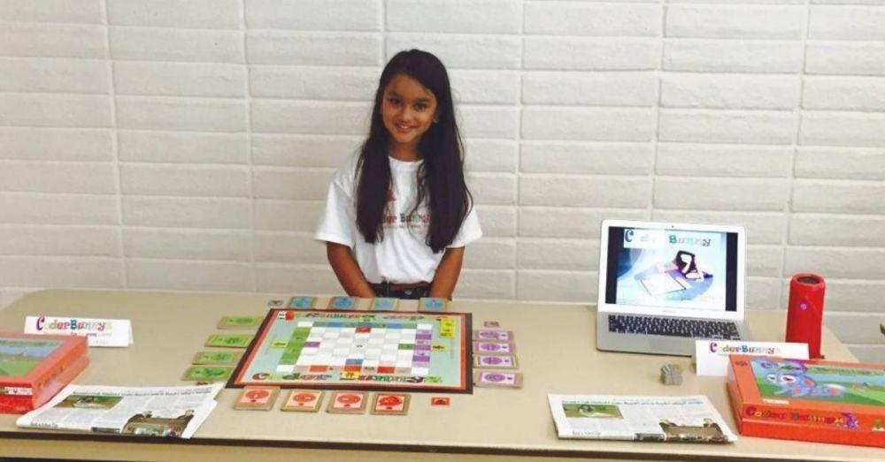 Usianya 10 Tahun, Tapi Gadis Imut ini Jago Bikin Kode & Dilirik Google