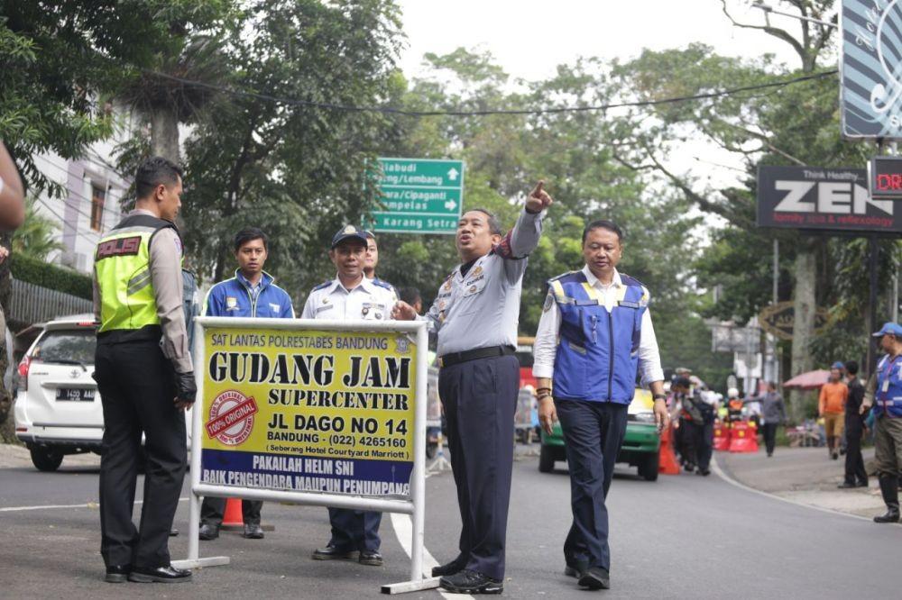 Wakil Walkot Bandung Minta Satpol PP Tindak Cosplayer Tak Bermasker