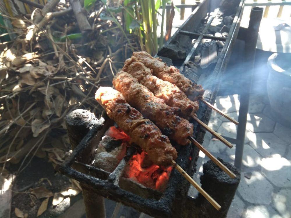 Menikmati Sate Gebug, Kuliner Malang yang Berusia 99 Tahun