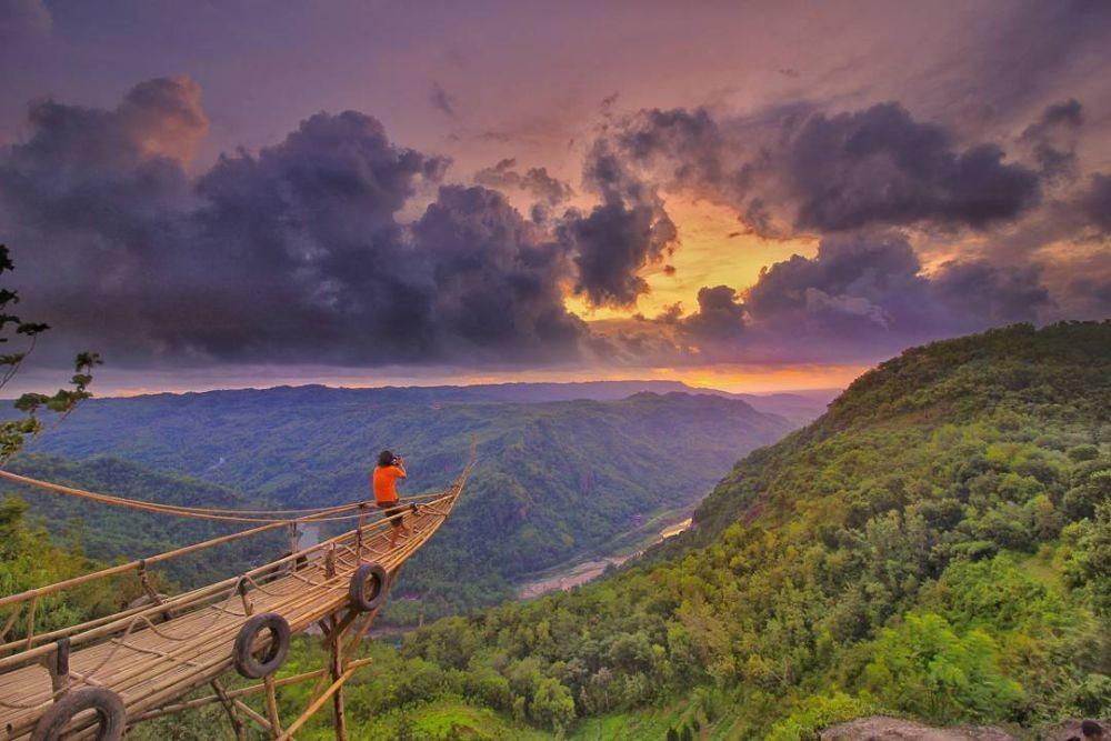 5 Tempat Terbaik Berburu Pesona Sunrise di Yogyakarta, Epic Banget!