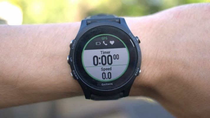 7 Smartwatch Terbaik yang Telah Didukung dengan Sensor Detak Jantung