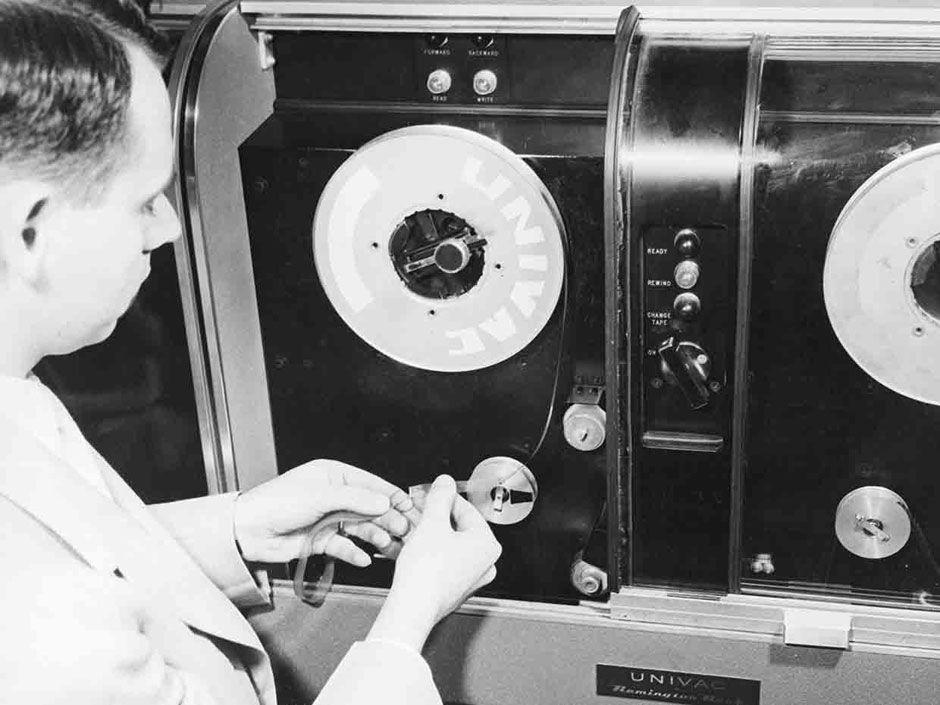 Hari Backup Data, Inilah 9 Sejarah Perkembangan Fitur Dokumen Cadangan