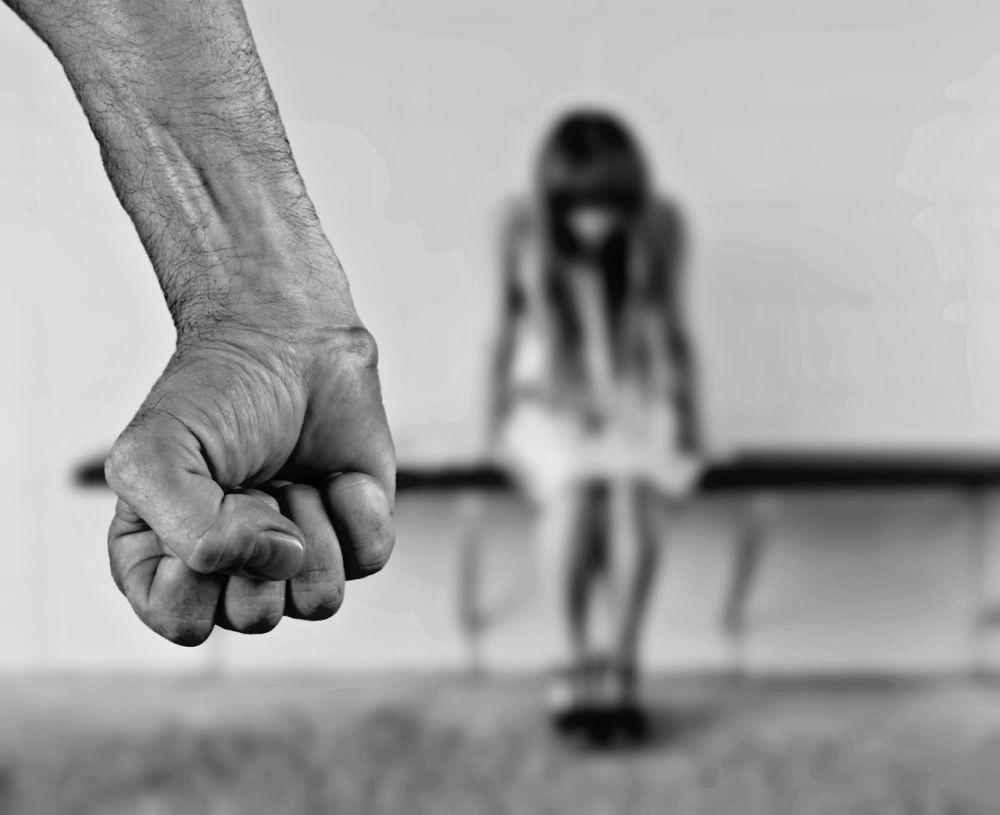 Ayah Lansia Lakukan Tindakan Asusila Pada Anak Tirinya