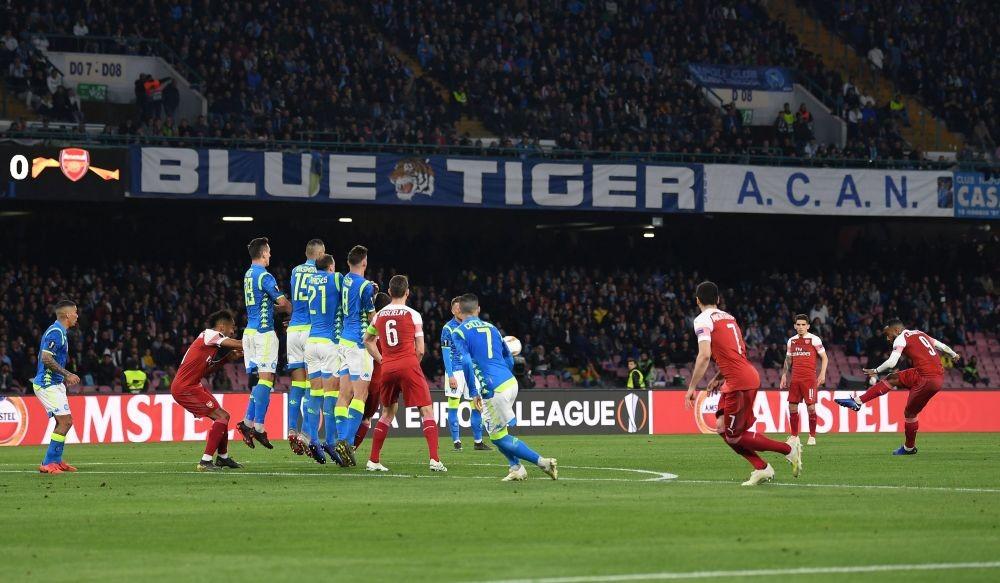 Gol Apik Lacazette, Lima Fakta kemenangan Arsenal atas Napoli