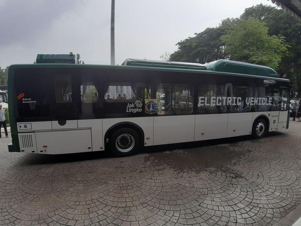 TransJakarta Uji Coba Bus Listrik Blok M-Balai Kota Mulai 6 Juli