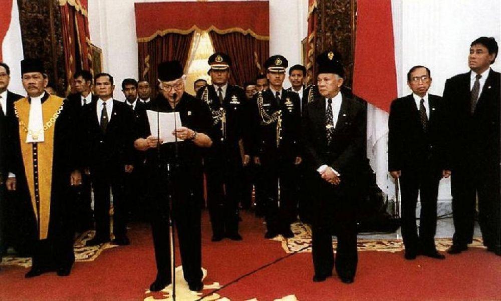 Apa yang Terjadi pada Reformasi 21 Mei 1998? Ini 10 Fakta Sejarahnya!