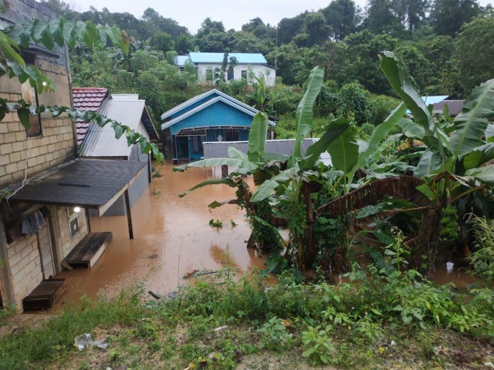 Tiga Hari Usai Idulfitri, Banjir Menerjang Sejumlah Lokasi di Kalsel