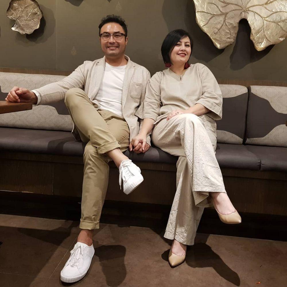Ultah Pernikahan ke-11, 10 Momen Romantis Surya Saputra & Cynthia