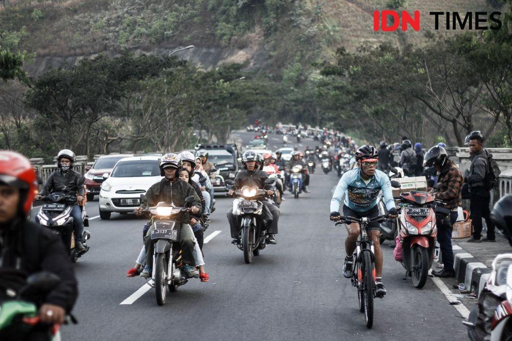 [FOTO] Menyusuri Jalur Selatan Jawa Barat Saat Puncak Arus Balik