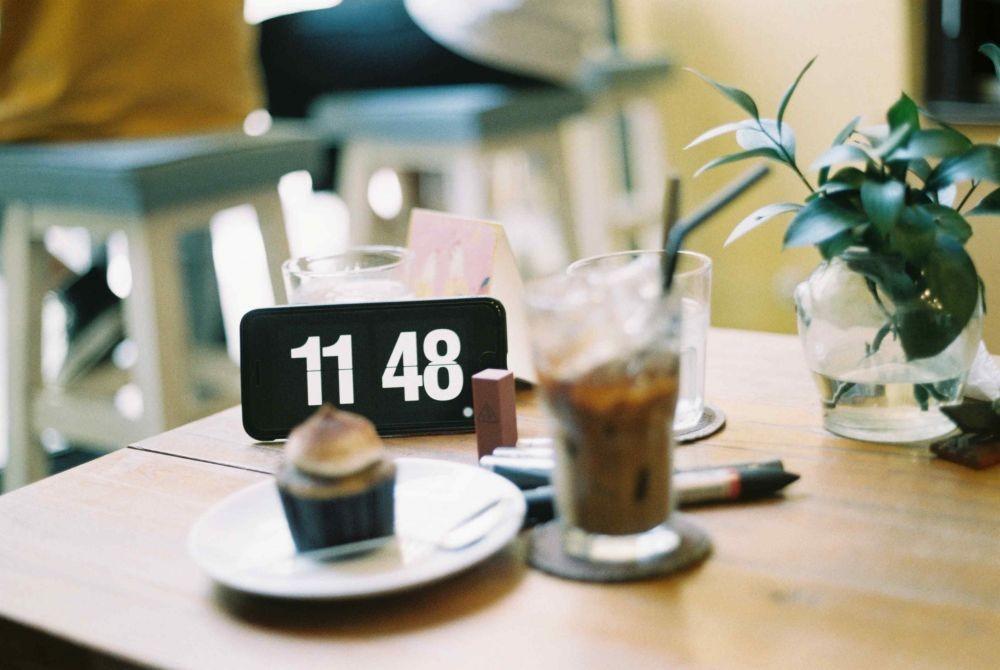 Penting, Ini 8 Etika di Meja Makan yang Harus Kamu Perhatikan