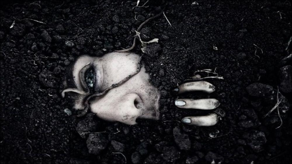 Ini 7 Hal yang Akan Kamu Rasakan saat Terkubur Hidup-hidup, Amit-amit!