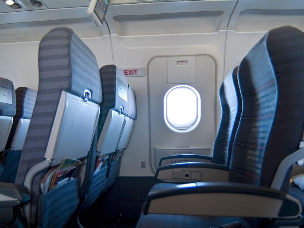 Bahaya, Jangan Lakukan 10 Hal Ini Saat Naik Pesawat ya