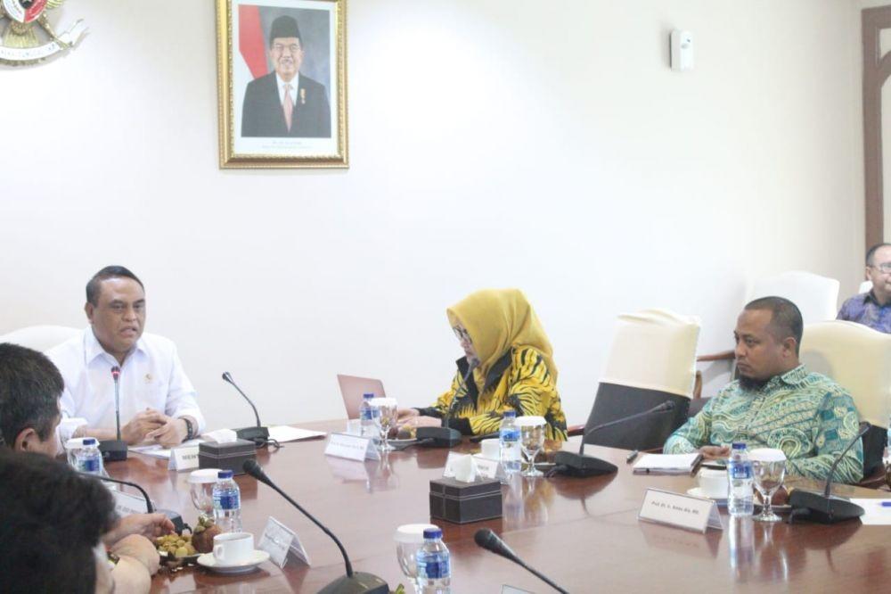 Mimpi Unhas Jadi Kiblat Pendidikan di Kawasan Timur Indonesia
