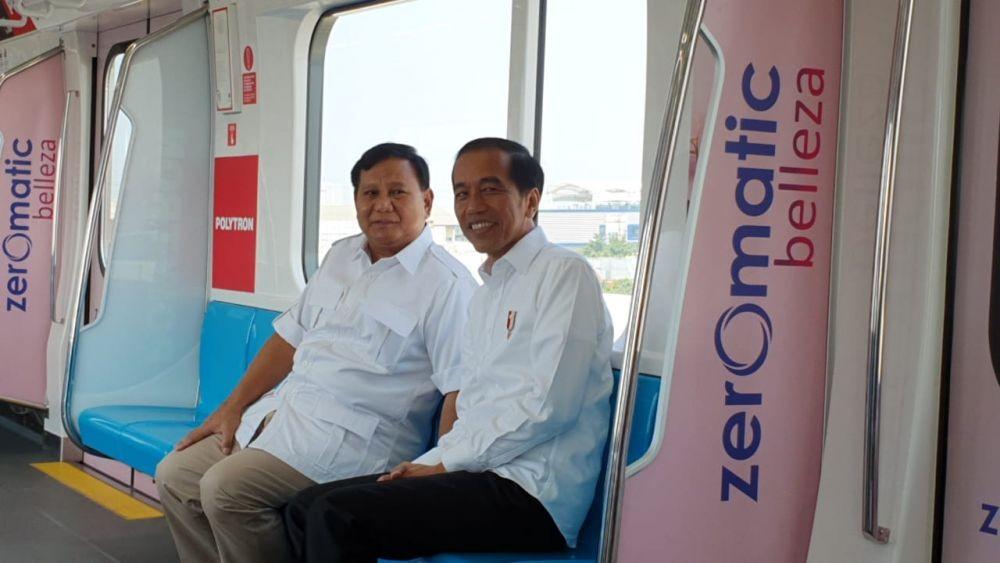 Momen Ketika Prabowo Beri Hormat untuk Jokowi