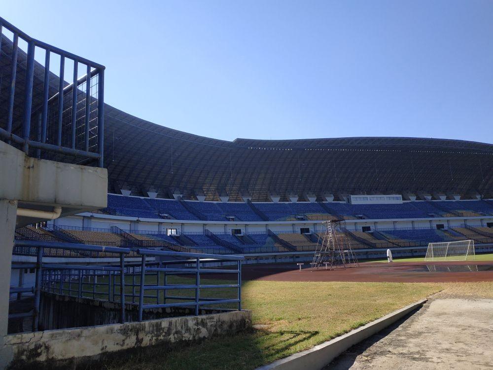 Belum Bisa Dipakai, Menteri Basuki Segera Cek Kondisi Stadion GBLA