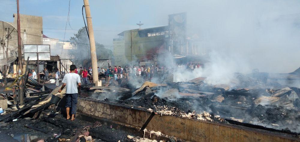 Kebakaran Hebat di Pasar Porda Juwana, Puluhan Kios Ludes
