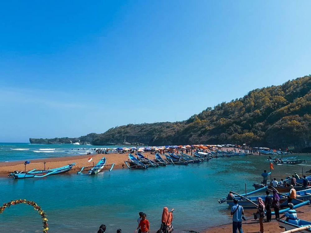 Wisata Pantai Baron Gunung Kidul: Rute dan Harga Tiketnya