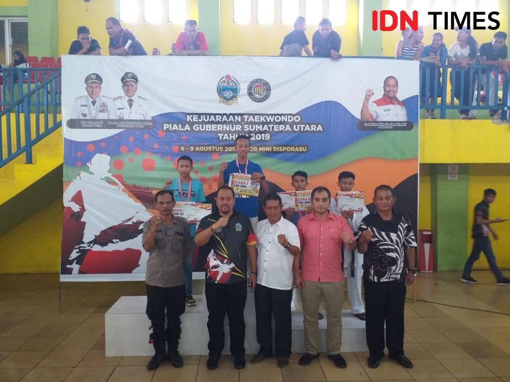 Taekwondoin PPLP Sumut Juara Umum Kejurda Pelajar, Pelatih Kecewa