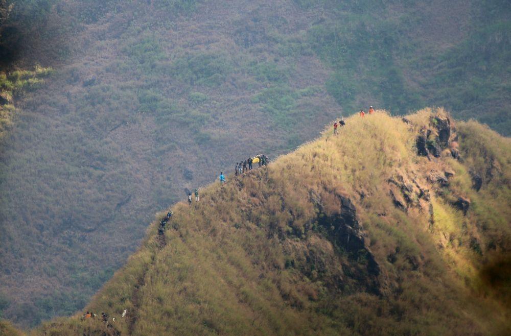 Ditutup, Ribuan Pendaki Batal Peringati HUT Ke-74 RI di Gunung Slamet