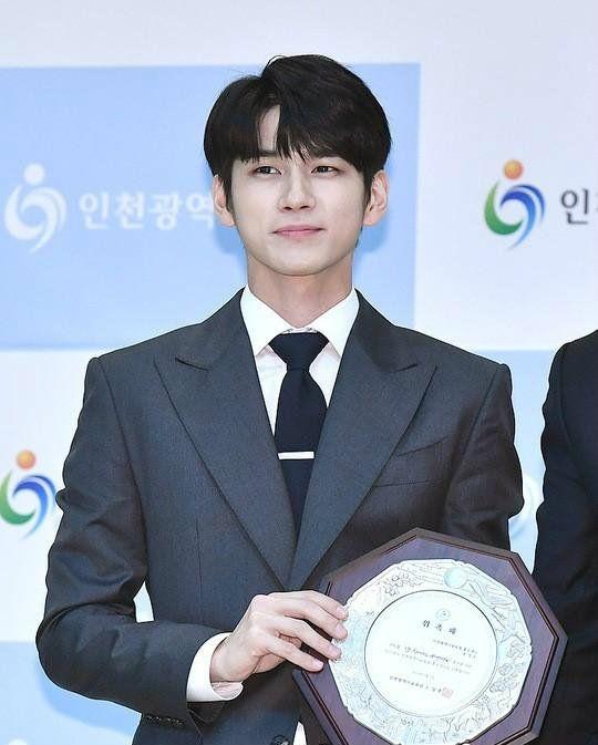Ulang Tahun, 6 Prestasi Besar Ong Seongwu Setelah Lulus dari Wanna One