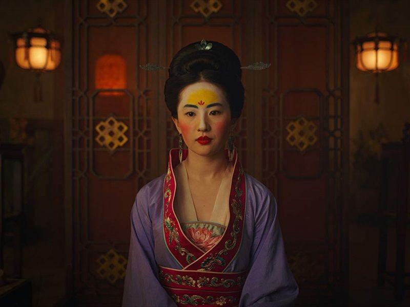 7 Fakta Seputar Kontroversi yang Menimpa Film Live Action Mulan