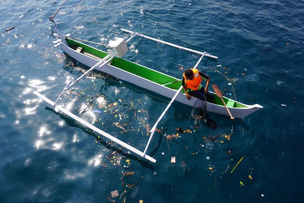 RARE: Cara Menangkap Ikan Nelayan Indonesia Turunkan Nilai Jual