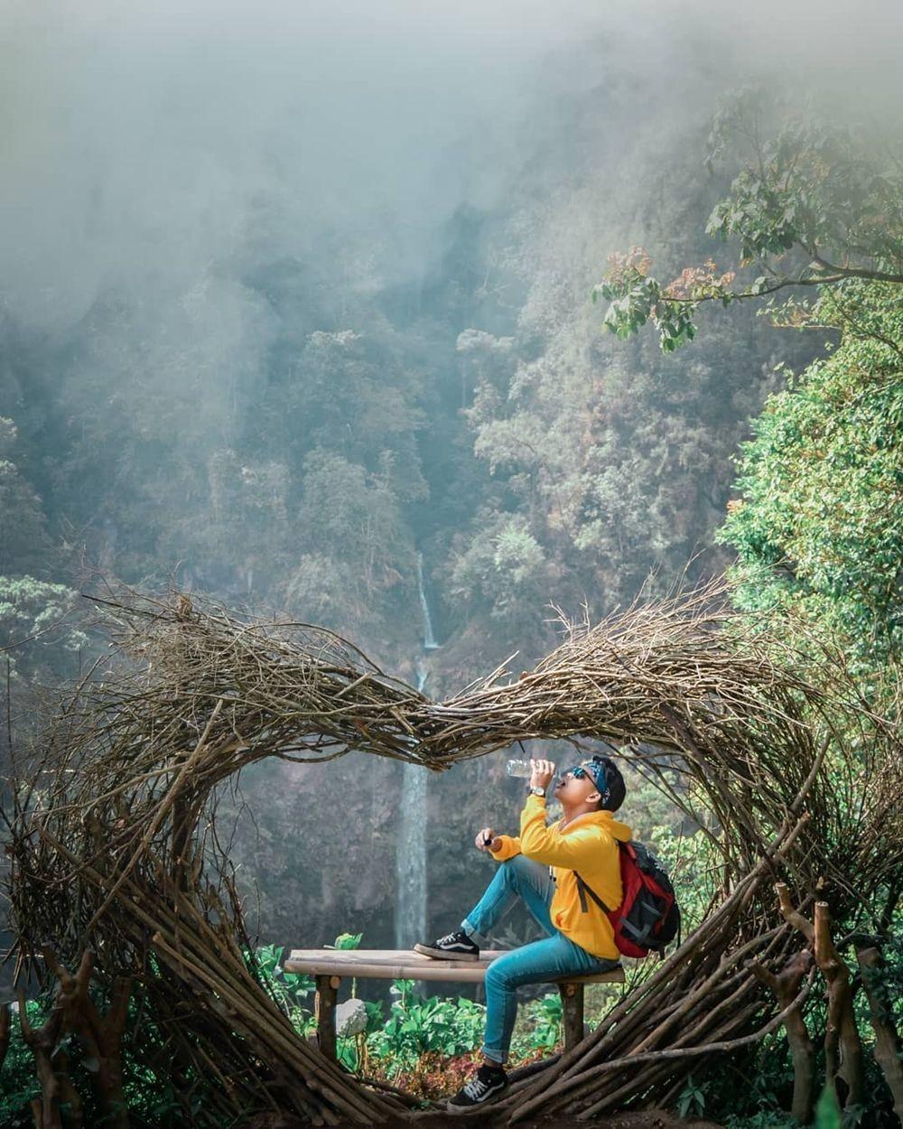 5 Air Terjun di Jawa Timur dengan Gardu Pandang, Foto Jadi Makin Keren