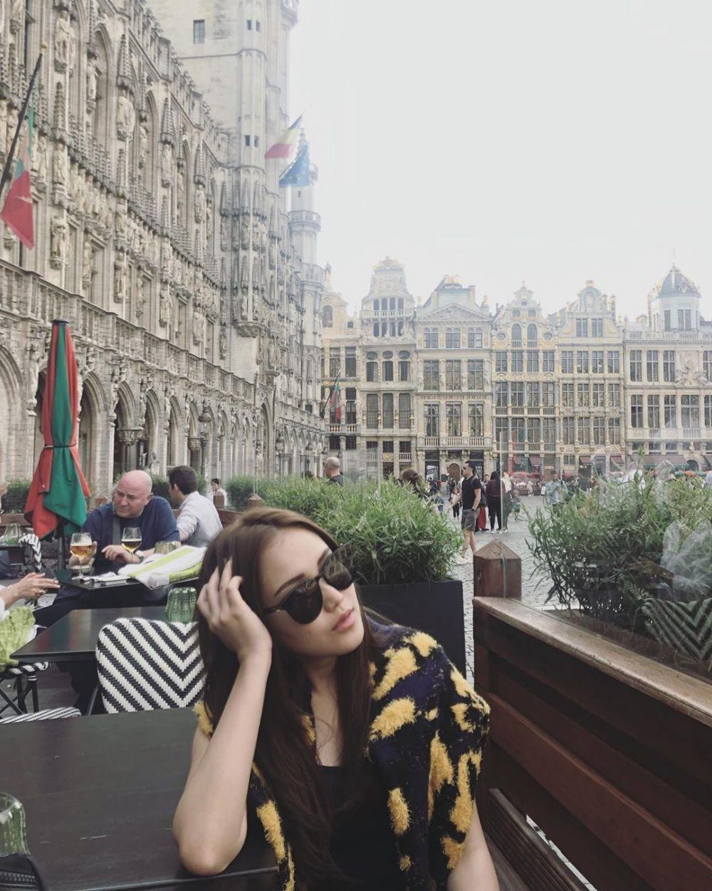 10 Destinasi Wisata ala Ayu Ting Ting, Inspirasi Liburan Seru di Eropa