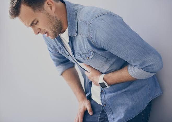 Ini 7 Penyebab Sakit Bagian Kiri Atas Perut, Belum Tentu Maag lho