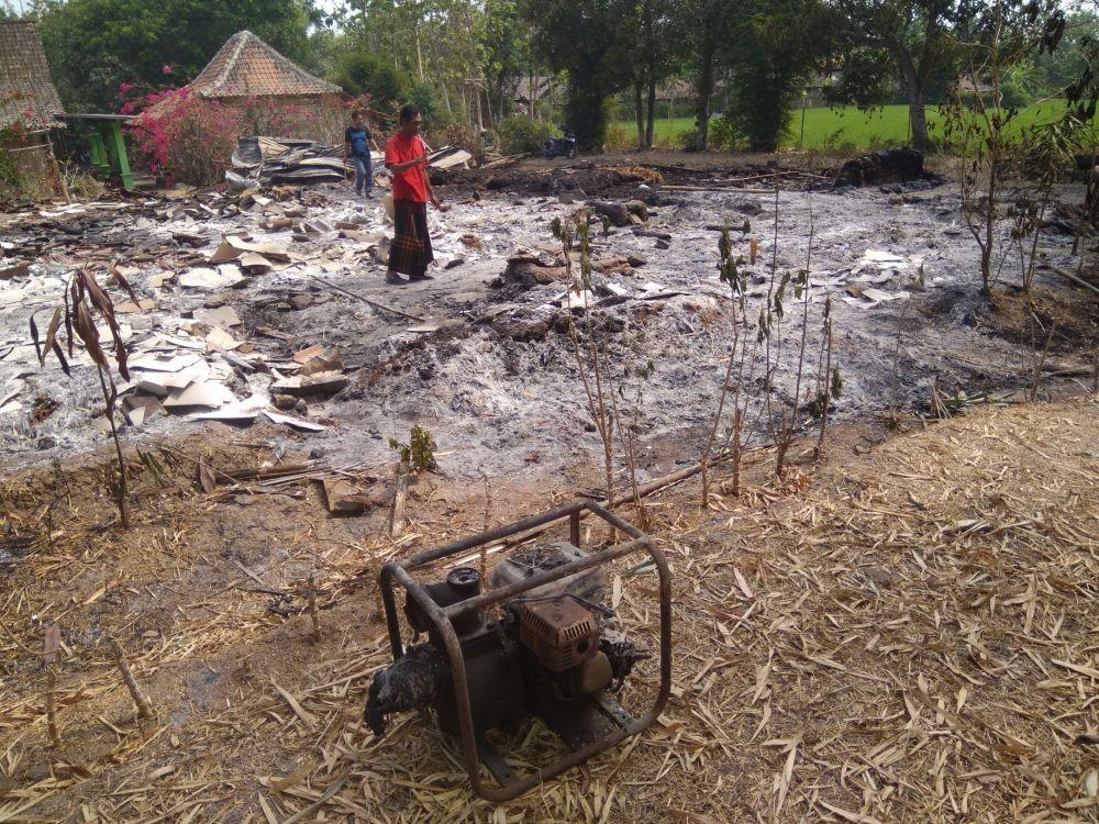 Rumah Seorang Nenek di Madiun Terbakar, Harta Bendanya Ludes