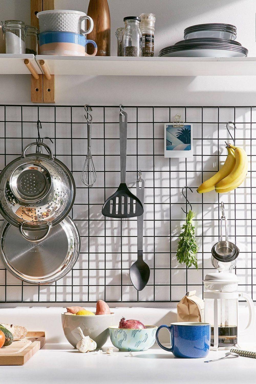 9 Trik Menggantung Peralatan Masak ala Pinterest, Dapur Auto Estetis!