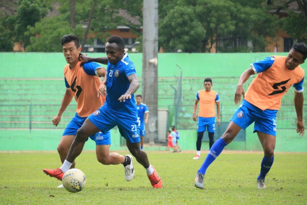 Manajemen Arema FC Tak Kecewa Laga Lawan Persib Bandung Ditunda