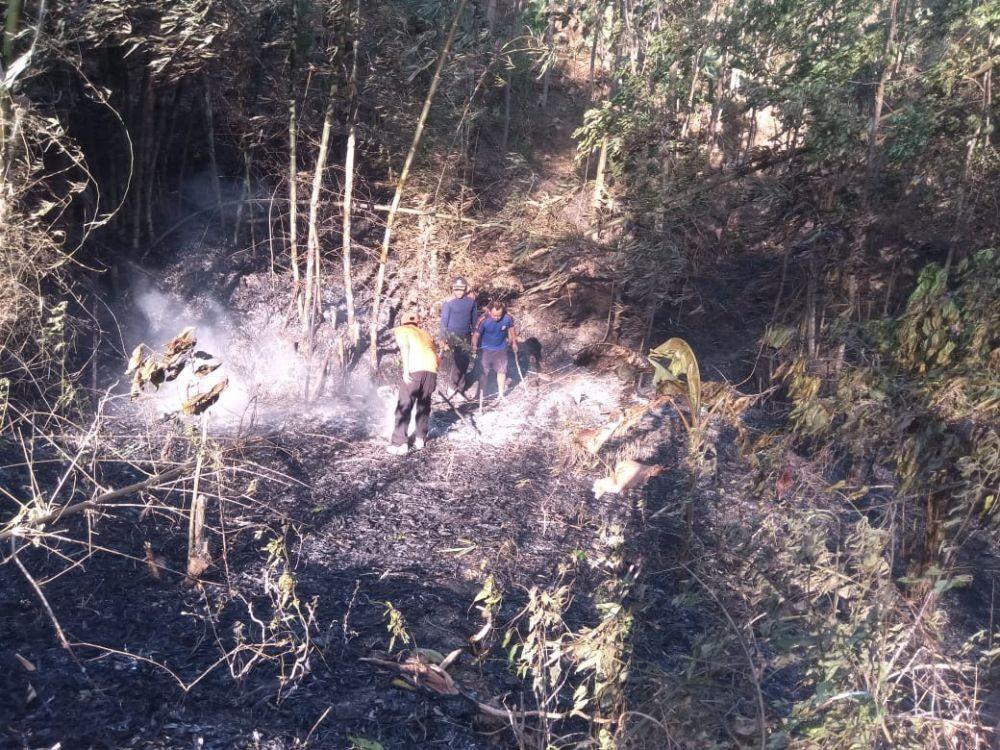 Gunung Raung Terbakar, 3 Orang Belum Dapat Dievakuasi