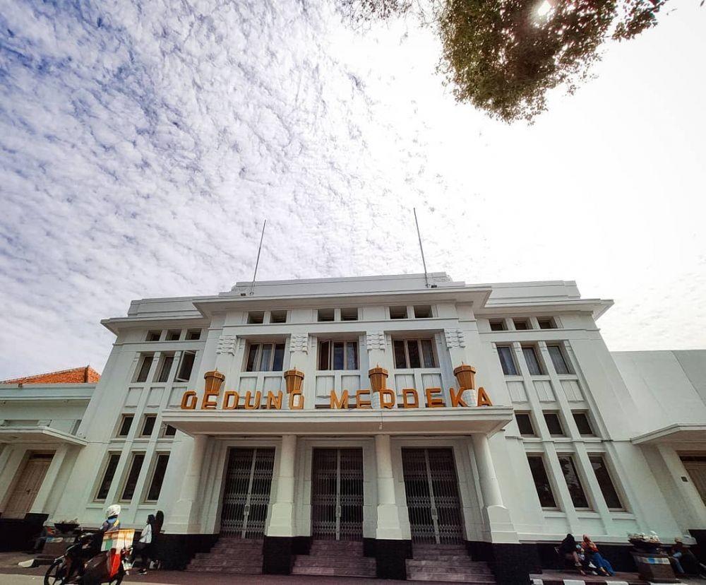 Wisata Sejarah, Jalan dari Titik Nol Km hingga Balaikota Bandung