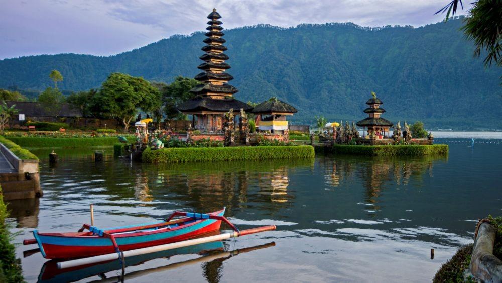 10 Negara Terbaik di Dunia untuk Liburan, Indonesia Nomor Satu Lho!