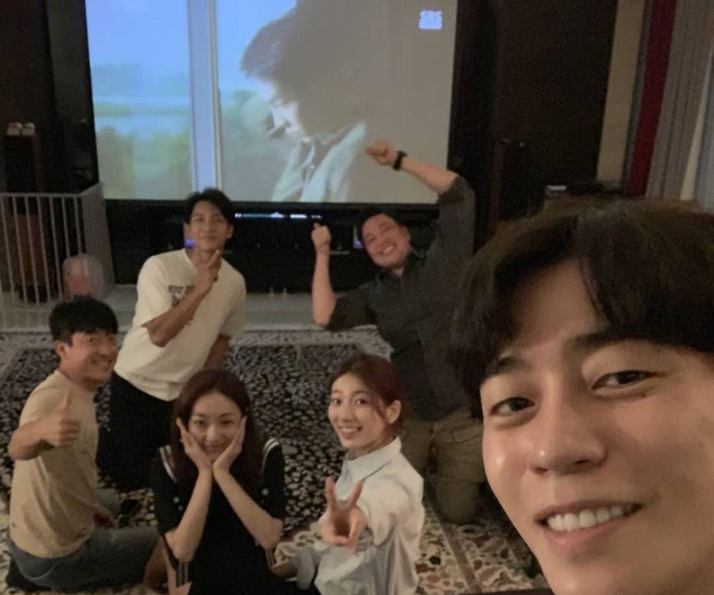 Dapat Kejutan dari Lee Seung Gi, 10 Momen Seru Ultah ke-25 Bae Suzy
