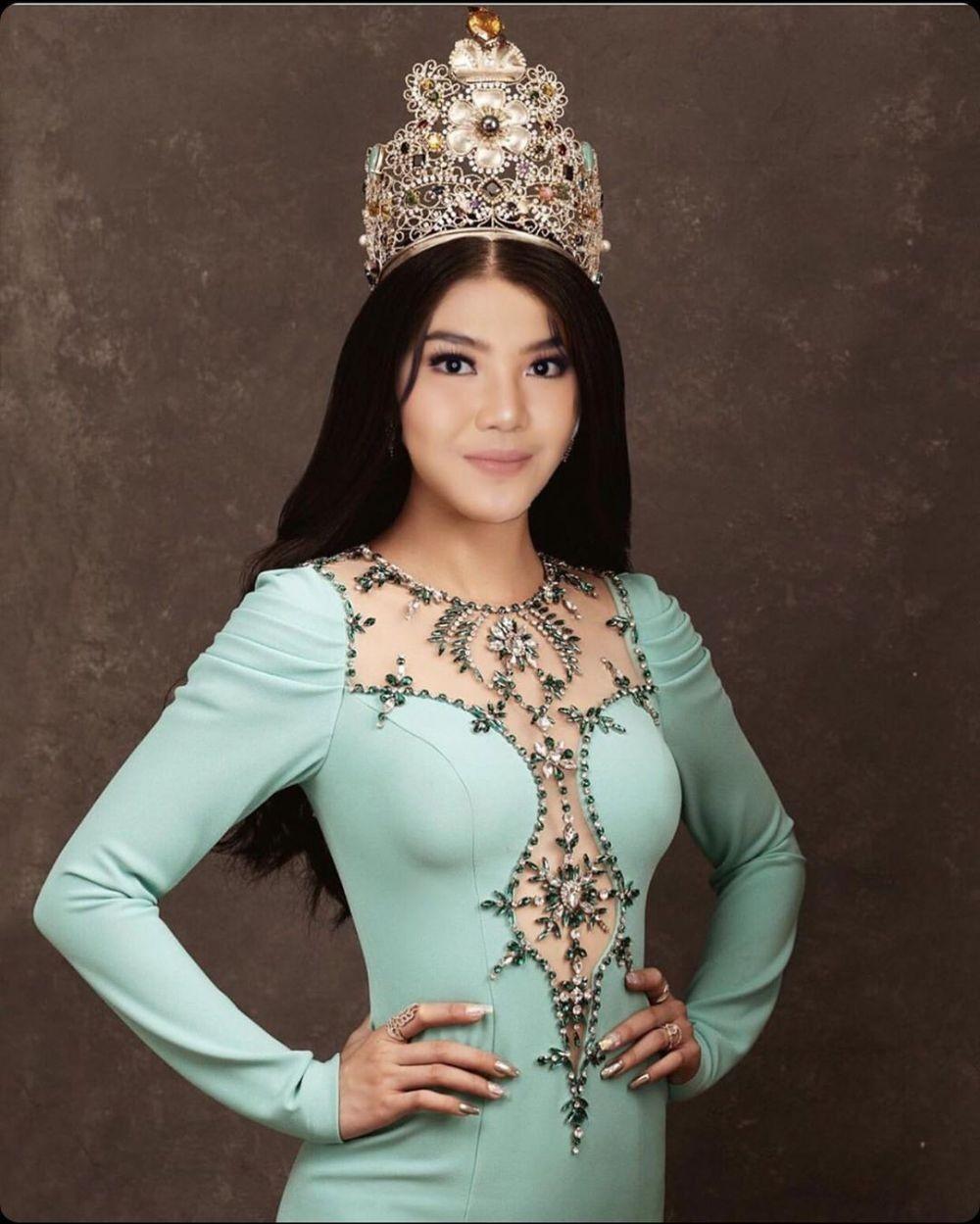 Berniat Ikut Puteri Indonesia, Ini 10 Pesona Pedangdut Rosa Meldianti