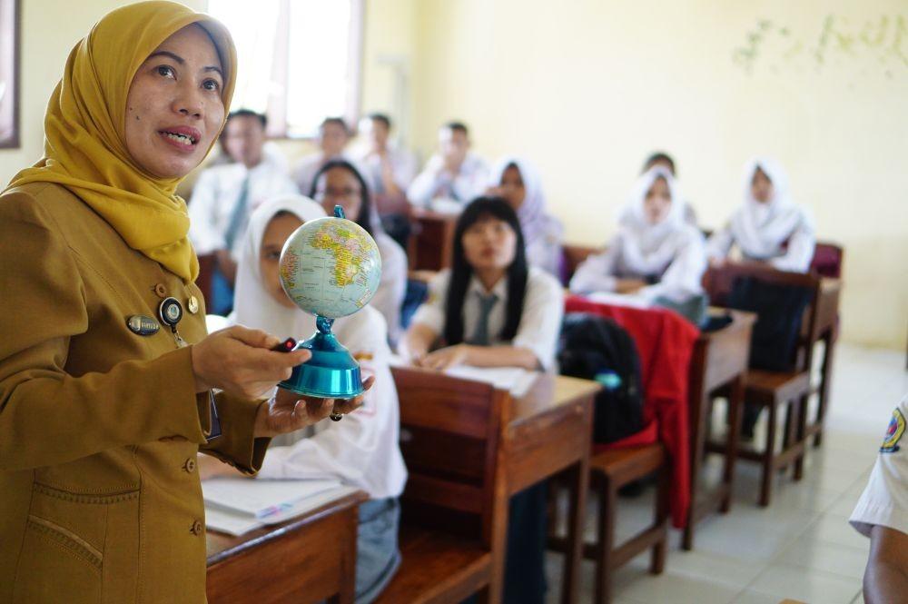 SPP Gratis Siswa di Jateng, Ganjar: Yang Sudah Bayar, Dikembalikan!