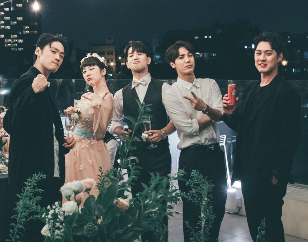 Resmi Menikah, 10 Kemesraan G.O MBLAQ & Choi Ye Seul yang Bikin Baper!