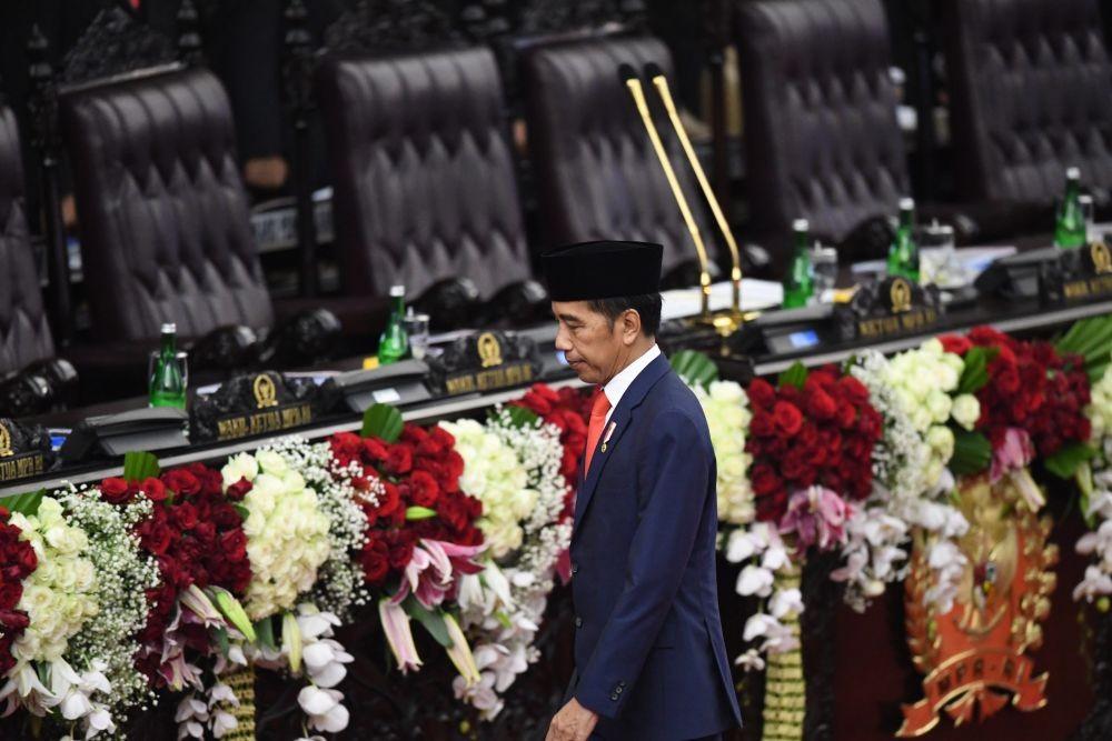 12 Mimik Presiden Jokowi saat Pelantikan, Dari Serius Hingga Kocak