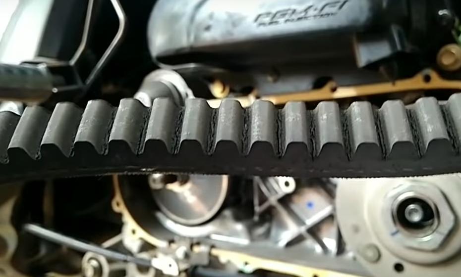 Ciri-Ciri Van Belt Motor Harus Diganti, Biar Gak Putus di Jalan